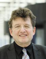 Portrait Dr. Andreas Degkwitz